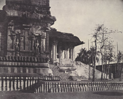 Porch and main entrance to the principal temple [Brihadishvara Temple, Thanjavur]